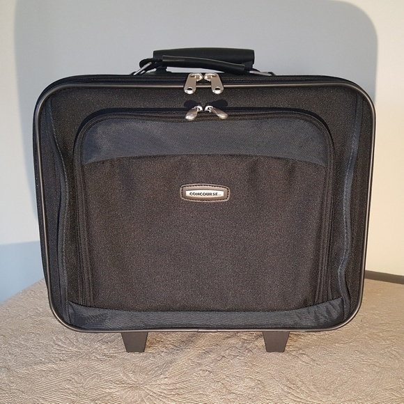 91d6f73371be Concourse Other - Concourse Travel Suitcase or Briefcase